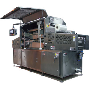 Orics SLTS straight line tray and cup sealing machine